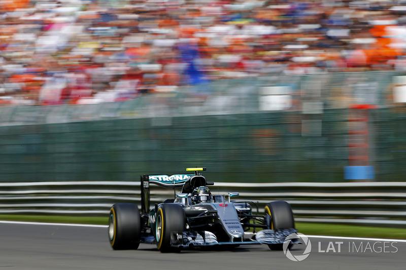 2016: Нико Росберг, Mercedes F1 W07 Hybrid
