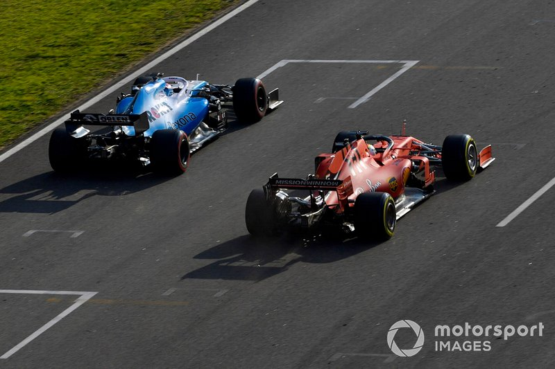 George Russell, Williams FW42, precede Sebastian Vettel, Ferrari SF90