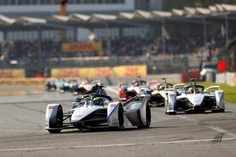 Felipe Massa, Venturi Formula E, Venturi VFE05 leads Edoardo Mortara Venturi Formula E, Venturi VFE05