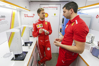 Sebastian Vettel, Ferrari in Shell Track Lab