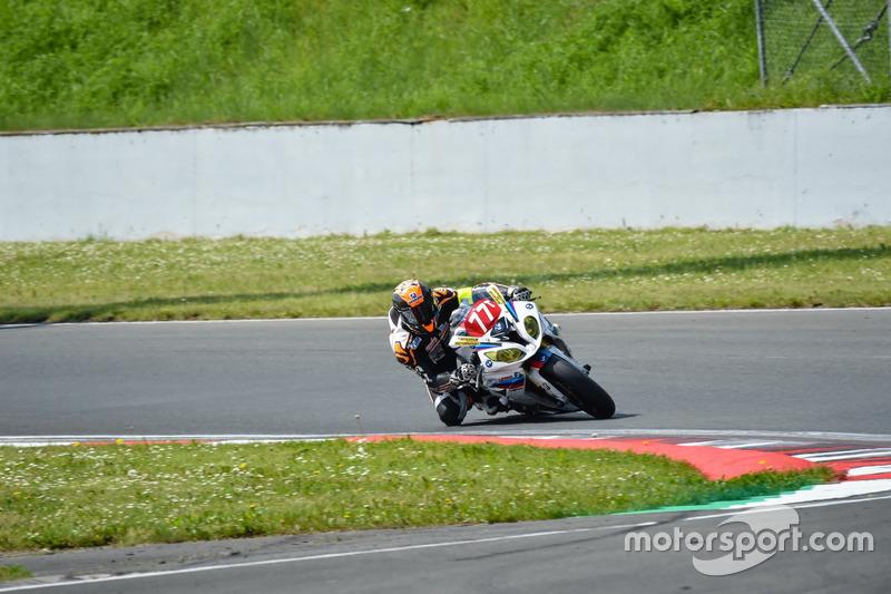 #77 Seigneur Motorsport Racing, BMW S1000 RR: Christophe Seigneur, Nicolas Majastre, Maxime Gucciardi