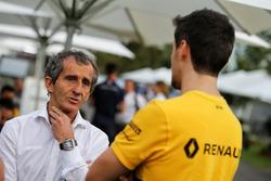 Alain Prost, Renault Sport F1 Team RS17 Danışmanı ve  Jolyon Palmer, Renault Sport F1 Team RS17