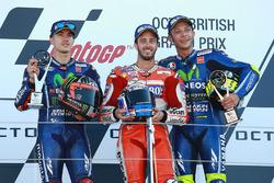 Podium : le vainqueur Andrea Dovizioso, Ducati Team, le second Maverick Viñales, Yamaha Factory Racing, le troisième Valentino Rossi, Yamaha Factory Racing