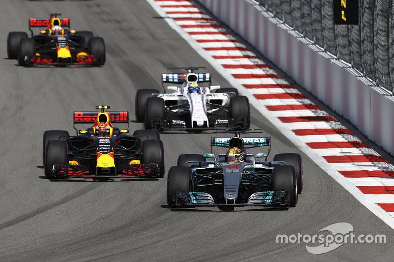 Lewis Hamilton, Mercedes AMG F1 W08, Max Verstappen, Red Bull Racing RB13, Felipe Massa, Williams FW40, Daniel Ricciardo, Red Bull Racing RB13
