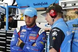 Darrell Wallace Jr., Richard Petty Motorsports Ford, mit Crewchief Drew Blickensderfer