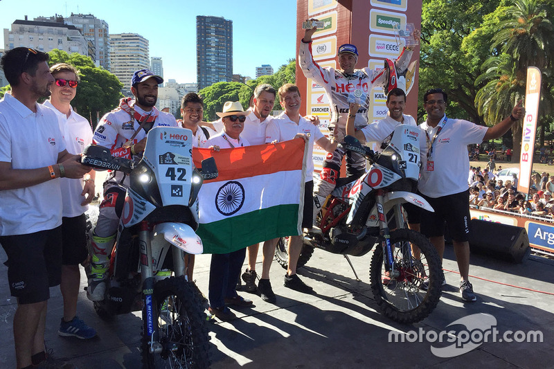 #42 Hero MotoSports Team Rally: CS Santosh, #27 Hero MotoSports Team Rally: Joaquim Rodrigues