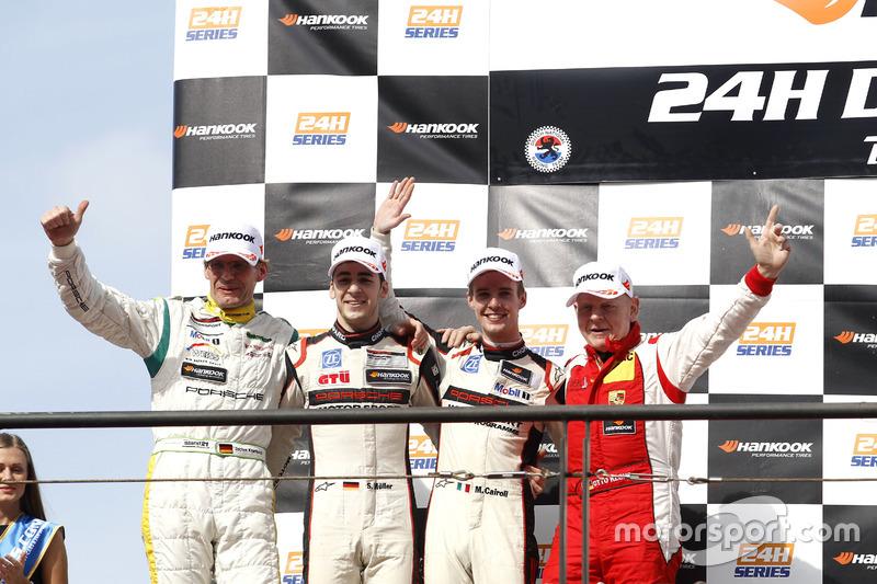 Podium: segundo #12 Manthey Racing Porsche 991 GT3 R: Otto Klohs, Sven Müller, Matteo Cairoli, Jochen Krumbach