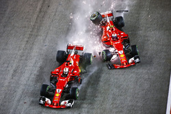 Sebastian Vettel, Ferrari SF70H, Kimi Raikkonen, Ferrari SF70H, crash out at the start