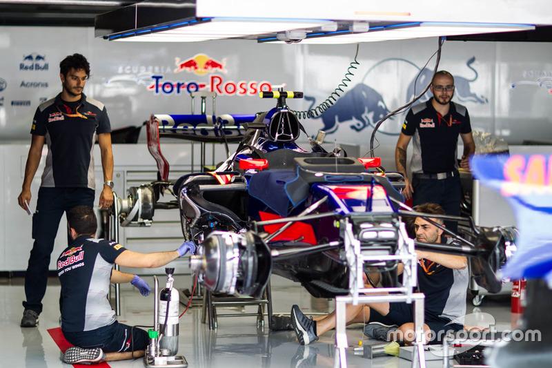 Toro Rosso team area