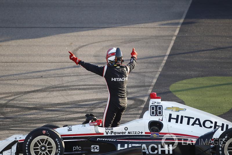 Piloto brasileiro a mais vencer na Indy