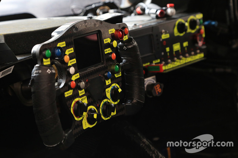 Кермо #46 Thiriet by TDS Racing Oreca 05 - Nissan