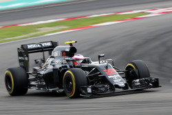 Jenson Button, McLaren, MP4-31