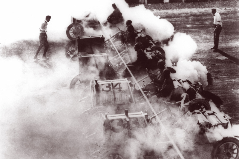 1909: Das Racing in Indianapolis beginnt!