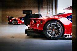 Ford Chip Ganassi Racing Ford GT dans le garage