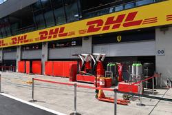 Ferrari pit box and garage screens