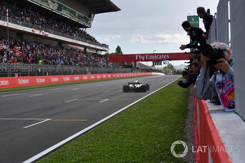 Ganador, Lewis Hamilton, Mercedes-AMG F1 W09