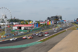 #137 Team Mathol Racing e.V. Porsche Cayman S: Roberto Fernando Falcon, Stephan Waldhausen,