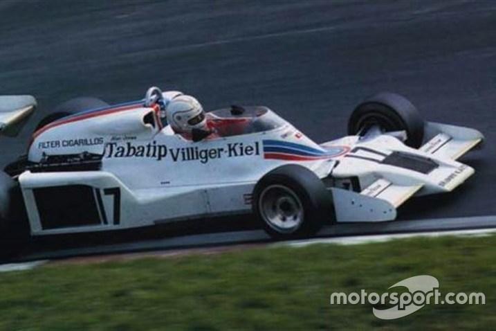 Esta Shadow DN8/5A foi pilotada por Riccardo Patrese, Alan Jones e Arturio Merzario na temporada 1977 e por Clay Regazzoni nas três primeiras corridas de 1978