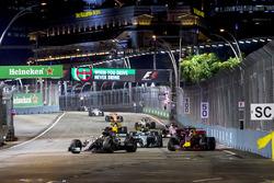 Lewis Hamilton, Mercedes AMG F1 W08, Daniel Ricciardo, Red Bull Racing RB13, Valtteri Bottas, Mercedes AMG F1 W08, Carlos Sainz Jr., Scuderia Toro Rosso STR12, Nico Hulkenberg, Renault Sport F1 Team RS17., Sergio Perez, Sahara Force India F1 VJM10 and Jolyon Palmer, Renault Sport F1 Team RS17