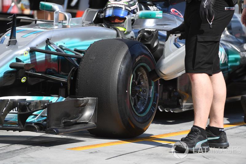 Валттері Боттас, Mercedes-Benz F1 W08 та механік Mercedes AMG F1