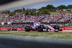 Серхіо Перес, Sahara Force India F1 VJM10, Стоффель Вандорн, McLaren MCL32