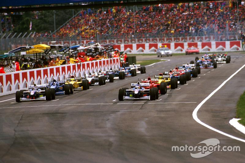 Die Startaufstellung in Imola 1997