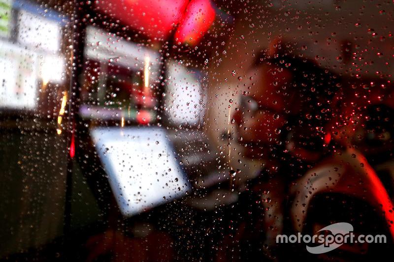 Rain drops in the pitlane