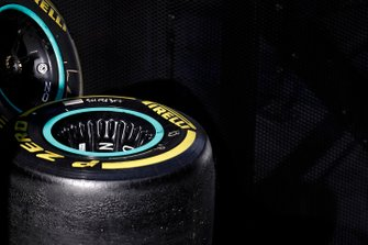 Cerchio Mercedes-AMG F1 e gomma Pirelli
