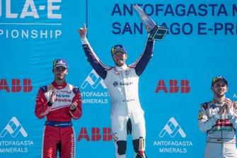 Ganador, Sam Bird, Envision Virgin Racing celebra con Pascal Wehrlein, Mahindra Racing, Daniel Abt, Audi Sport ABT Schaeffler