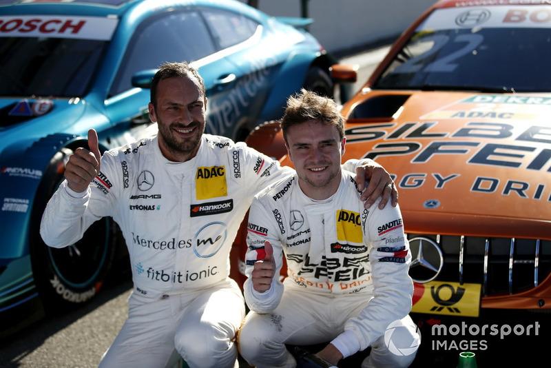 Ganador de la pole Lucas Auer, Mercedes-AMG Team HWA y Gary Paffett, Mercedes-AMG Team HWA