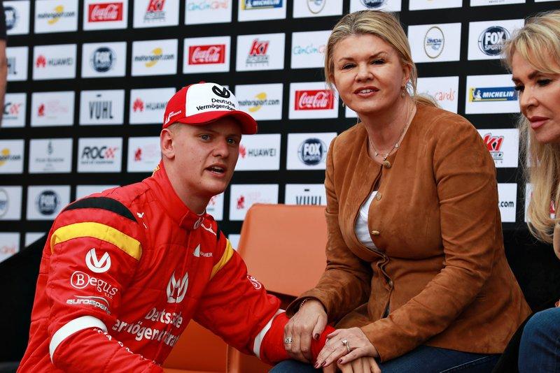 Mick Schumacher with his mother Corinna