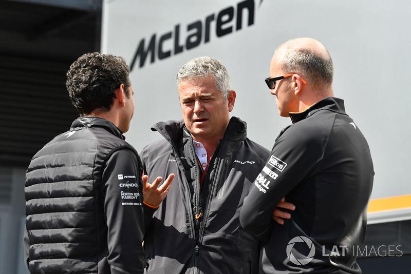 Gil De Ferran, McLaren ve Simon Roberts, McLaren