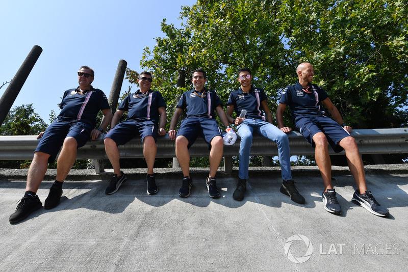 Esteban Ocon, Racing Point Force India F1 Team sur le virage relevé de l'ancien circuit de Monza