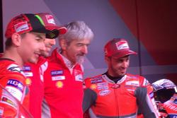 Jorge Lorenzo, Ducati Team, Michele Pirro, tester Ducati, Luigi dall'Igna e Andrea Dovizioso, Ducati Team