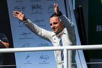 Felipe Massa, Williams, podyumda son Brezilya GP'sini kutluyor