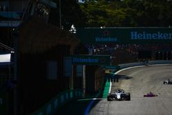Ленс Строл, Williams FW40, П'єр Гаслі, Scuderia Toro Rosso STR12