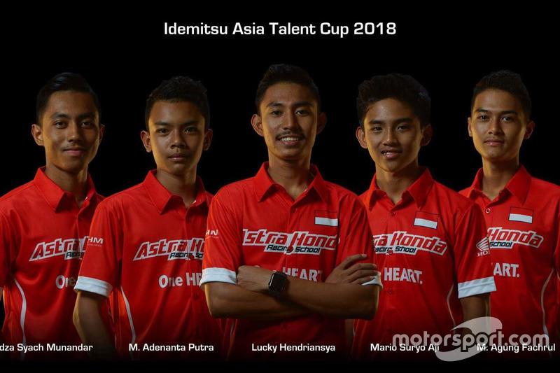 #4 Afridza Munandar, #16 Adenanta Putra, #13 Lucky Hendriansya, #7 Mario Suryo Aji, #22 Agung Fachrul
