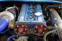 Dettaglio del motore Cosworth 4 cilindri DOHC 16 - V Turbo della Ford Sierra