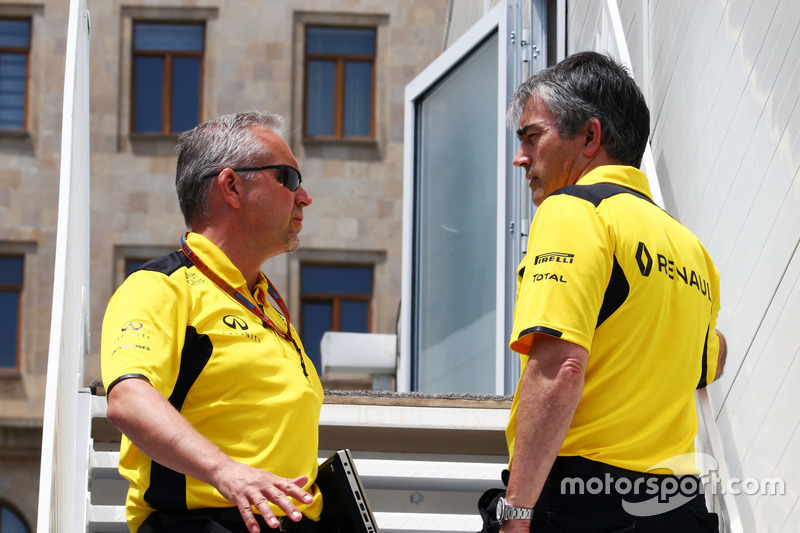 Paul Seaby, Renault Sport F1 Team, manager del equipo con Nick Chester, Renault Sport F1 Team Direct