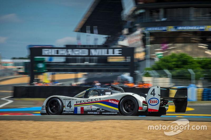 #7: Historischer Peugeot 905 in Le Mans