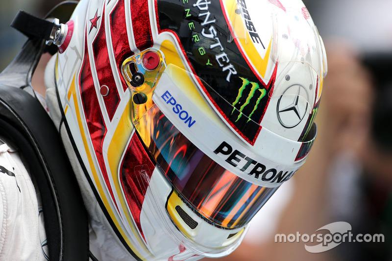 Second place Lewis Hamilton, Mercedes AMG F1 Team in parc ferme