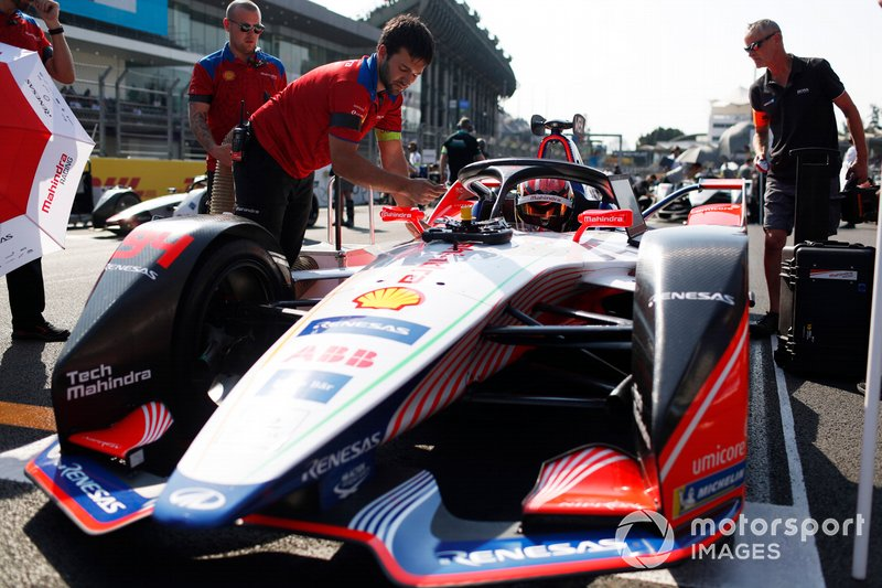 Pascal Wehrlein, Mahindra Racing, M5 Electro, in Pole Position