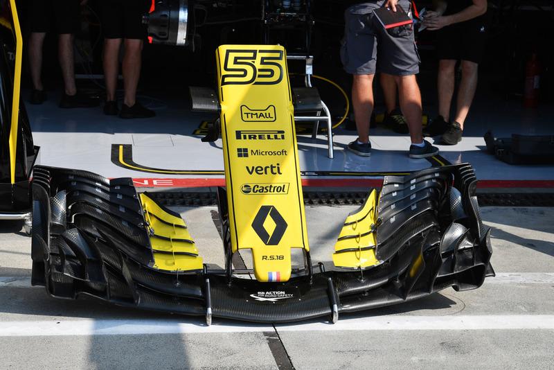 Nez et aileron avant de la Renault Sport F1 Team RS 18