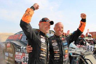 #347 Maxxis Dakar Team: Тім і Том Коронелі