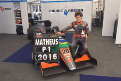 Matheus Leist comemora título