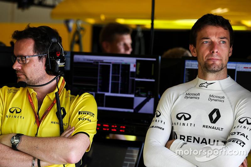 Julien Simon-Chautemps, Renault Sport F1 Team carrera ingeniero con Jolyon Palmer, Renault Sport F1 Team