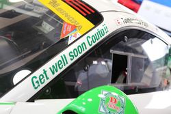 #33 D'station Racing Porsche 911 GT3-R: Tomonobu Fujii, Andre Couto