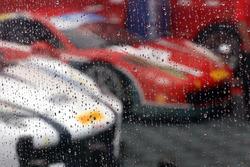 Rain drops on the teams' area