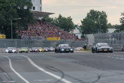 Robert Wickens, Mercedes-AMG Team HWA, Mercedes-AMG C63 DTM leads