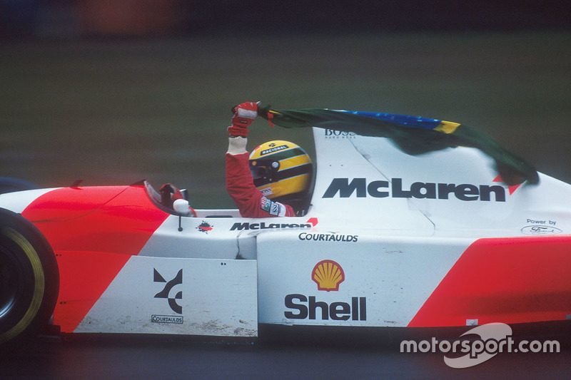 Race winner Ayrton Senna, McLaren MP4/8 Ford